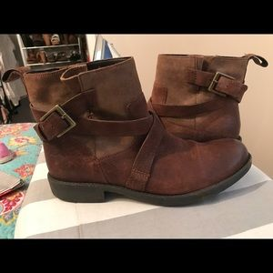 Women's Clark ankle boots